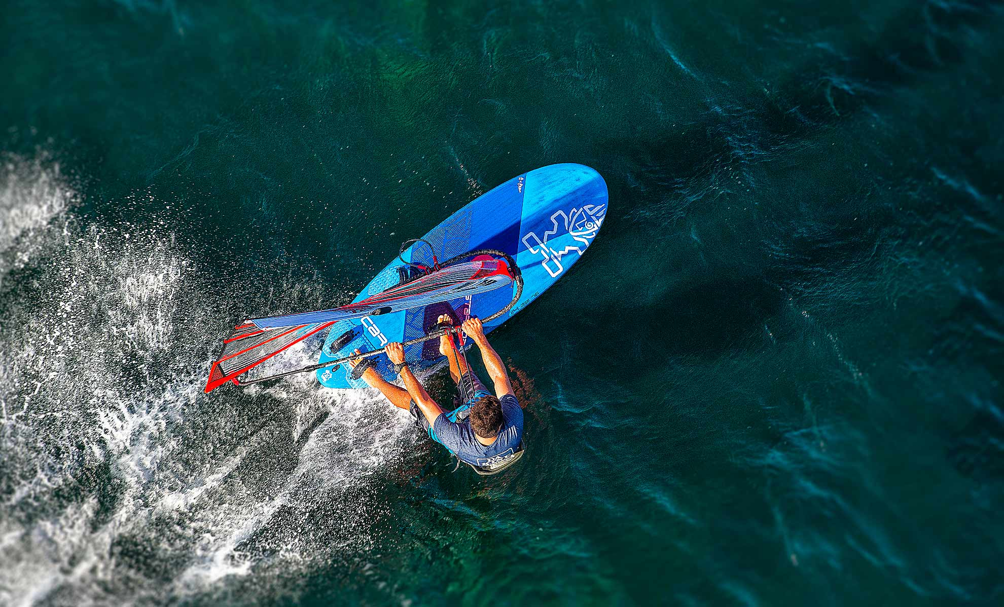 Product – Carve iQ | Starboard Windsurfing